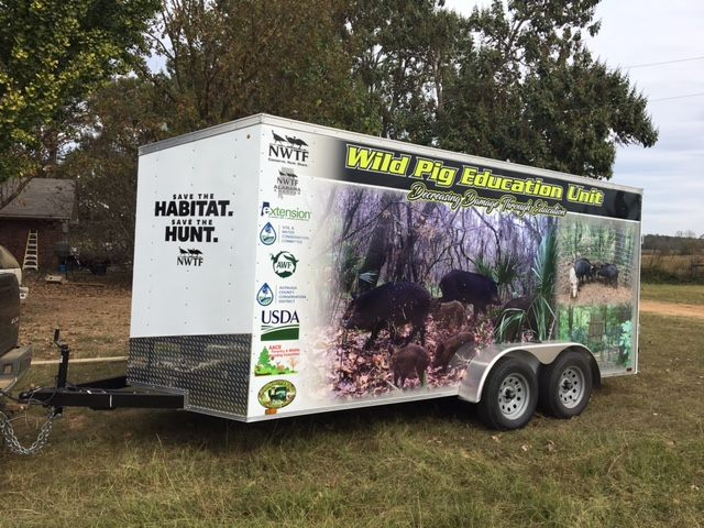 Mobile Pig Education Unit
